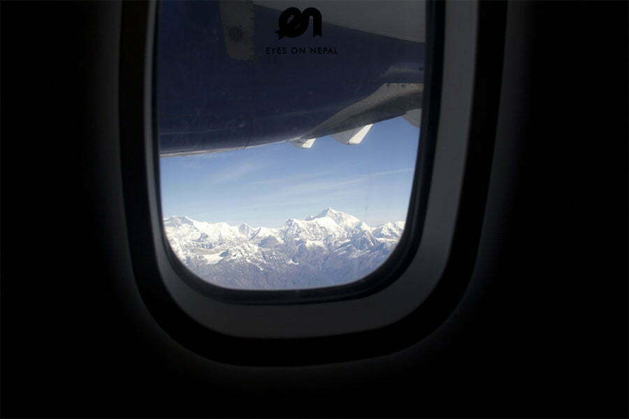 mt-everest-from-the-mountain-flight-tour