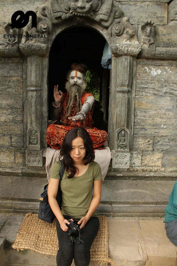 pashupatinath-temple-bless-from-sadhus