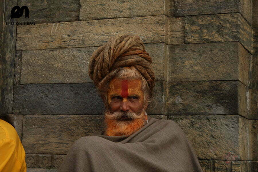 sadhu-in-pashupatinath-temple-nepal